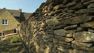 Dry stone wall in Dilys garden