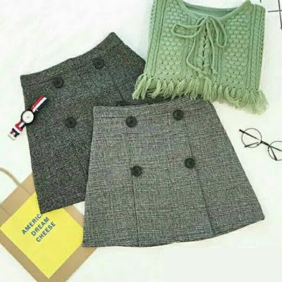 Shop Nguyên Nhi là nơi chuyên sỉ váy ,đầm, chuyên sỉ áo 25k chất lượng 15301290_1407740595922451_844752257_n