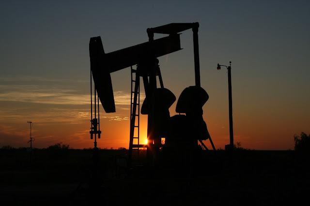15 мая 17:30 Мск будет опубликован отчет по изменению коммерческих запасов нефти в США.