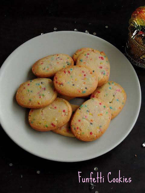 Eggless funfetti cookies