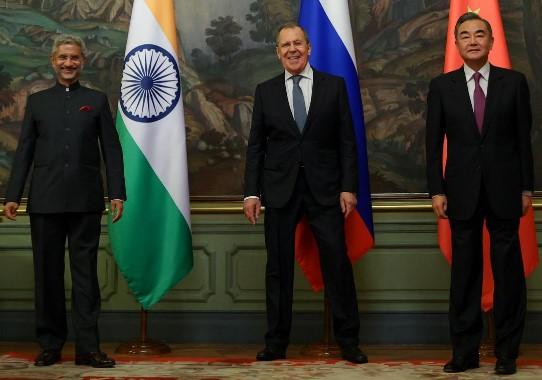 Cina dan India Kurangi Ketegangan di Perbatasan Himayala