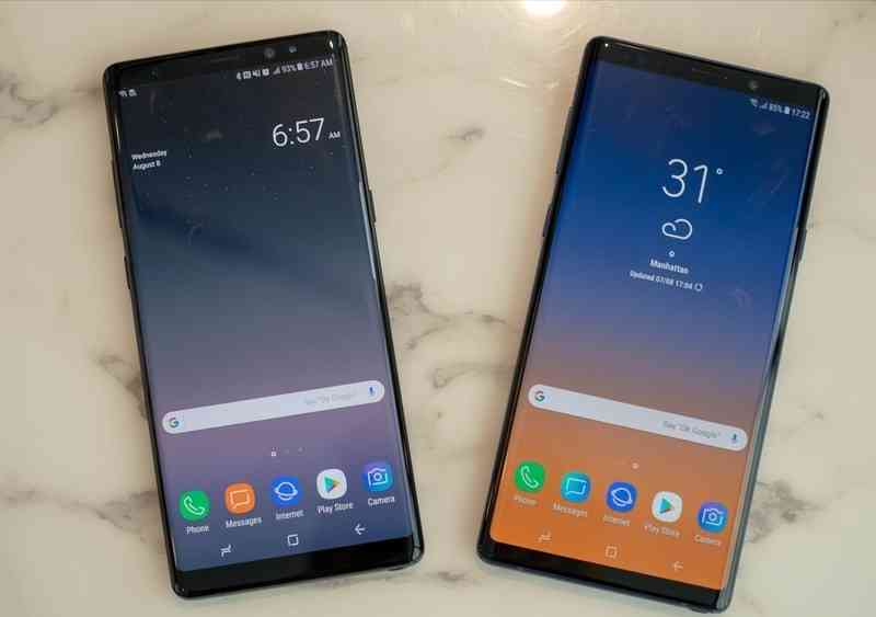 The Samsung Galaxy Note 9 Vs The Samsung Galaxy Note 8's display.