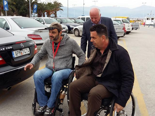 Με αναπηρικό αμαξίδιο κινήθηκε ο Δημαρχος Ναυπλιέων στα πλαίσια της εκστρατείας Free Mobility