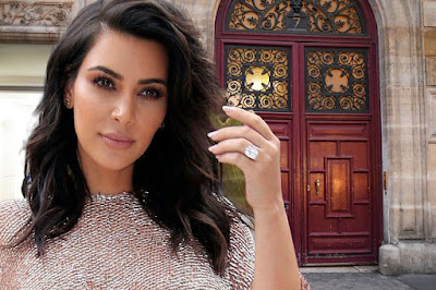 POLICE SAYS KIM KARDASHIAN'S STOLEN JEWELS WERE SOLD OFF BY ROBBERS