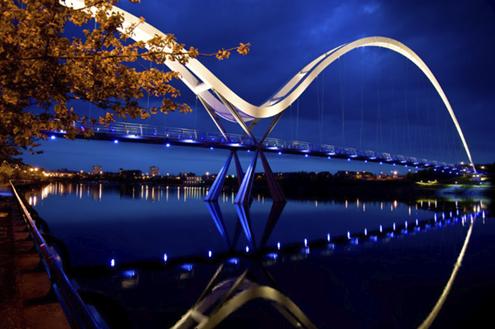 Infinity-Bridge-Stockton-by-night-detail