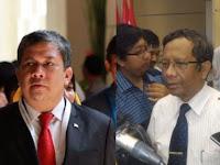 Fahri Hamzah dan Mahfud MD Terlibat 'Perang' Kicauan, Ini yang Dipermasalahkan!
