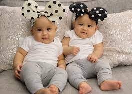 mendidik anak kembar