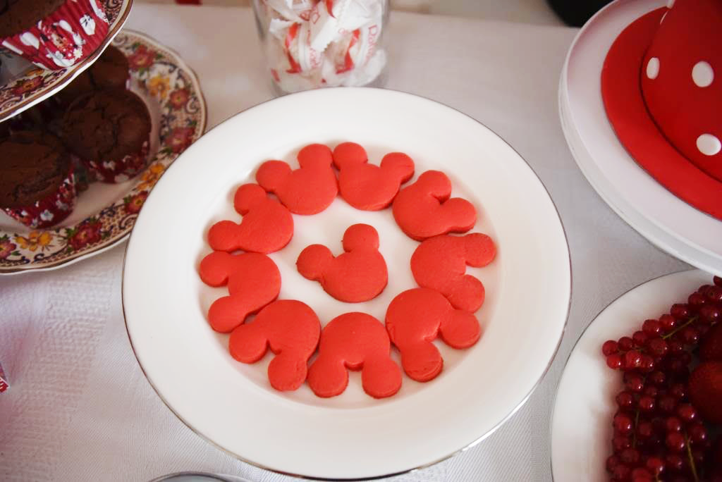 biscuits tête minnie rouge
