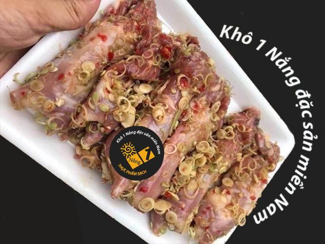 Thịt chuột đồng ướp sẵn