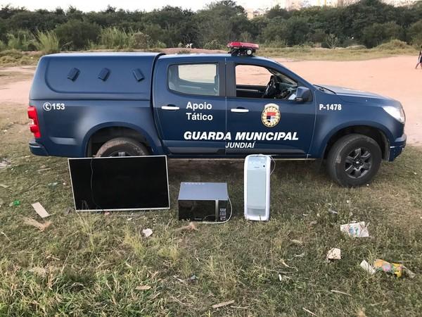 Guarda Municipal recupera eletrônicos roubados de residência em Jundiaí