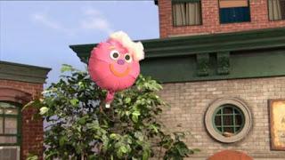 Balloono, Sesame Street Episode 4322 Rocco's Playdate season 43