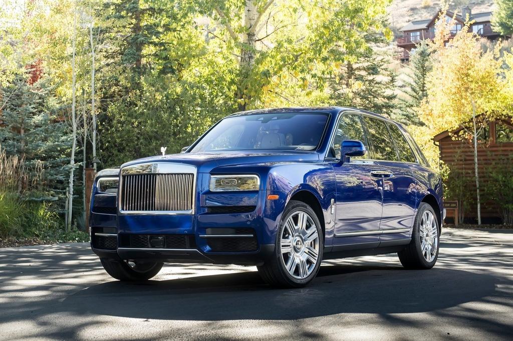 Rolls-Royce Cullinan đứng đầu danh sách SUV đắt nhất thế giới