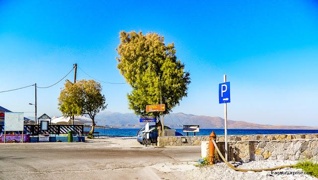 Parada dos ônibus em Monemvasia, Grécia