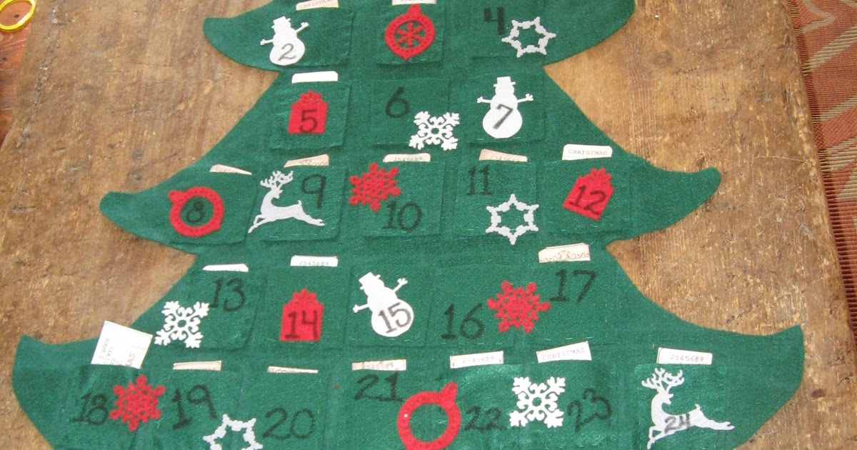 Aprons And Apples: Felt Christmas Tree Advent Calendar