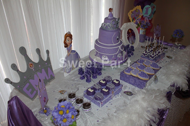 Sofia the First Table