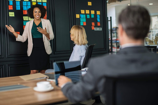 4 Cara Berbicara Yang Efektif Dengan Orang lain
