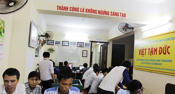 Lớp học lập trình thiết kế web tại Việt Tâm Đức