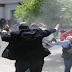 VÍDEO: Impactante - Grupo de encapuchados asaltan la Asamblea Nacional hiriendo a varias personas entre ellos a diputados