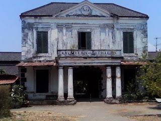 surakarta mangkunegaran palace