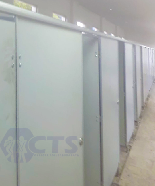 10 Unit Cubicle Toilet, Gresik Barata