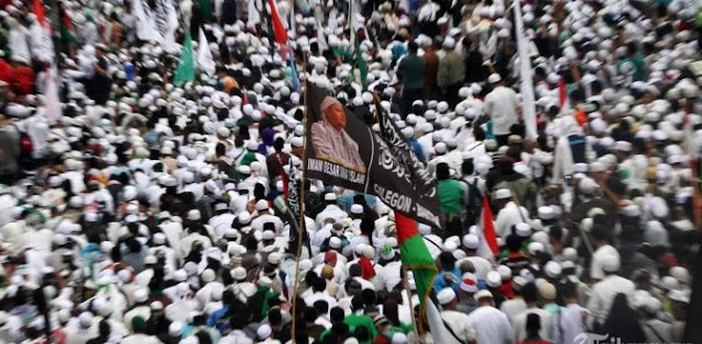 PKS Berikhtiar Kalahkan Jokowi Lewat Koalisi 212