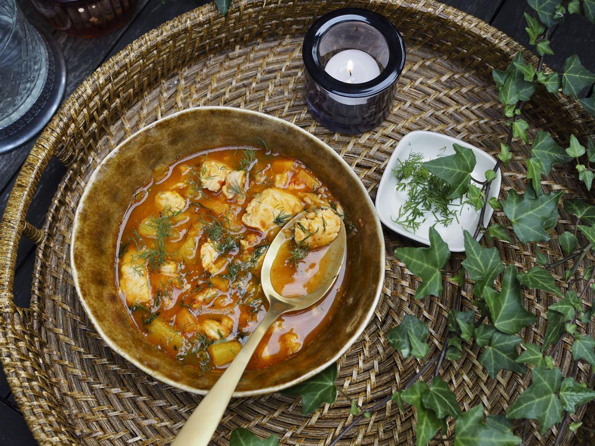 valimeren kalakeitto on mausteinen ja tomaattinen