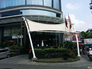hermes palace medan hotel