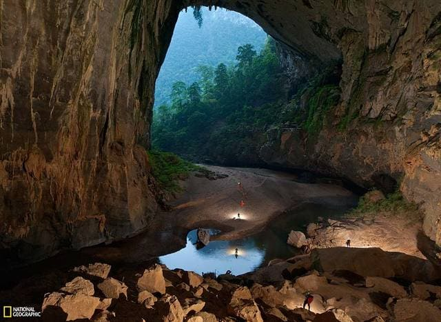 World's largest cave hang son doong vietnam