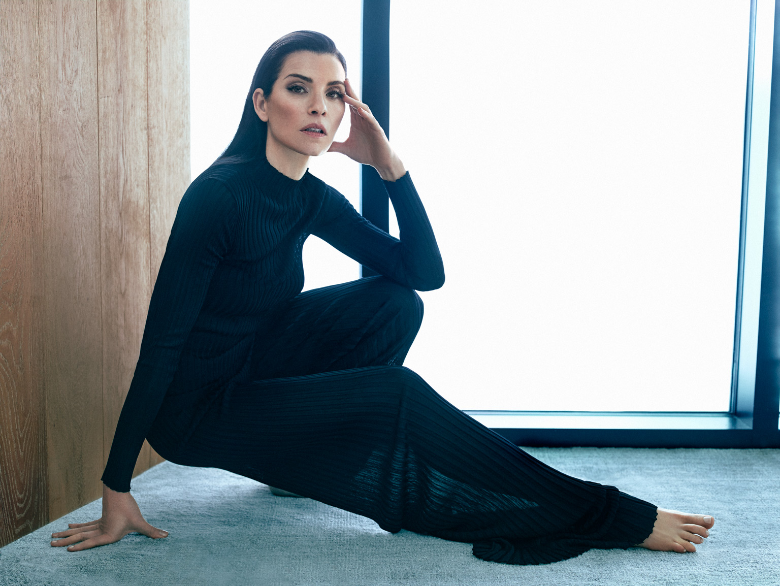 Julianna Margulies: Cover Shoot foto