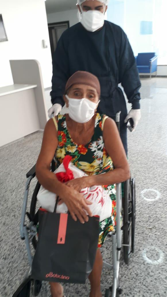 Em São Luis Gonzaga, idosa com 75% de comprometimento dos pulmões supera a Covid-19.