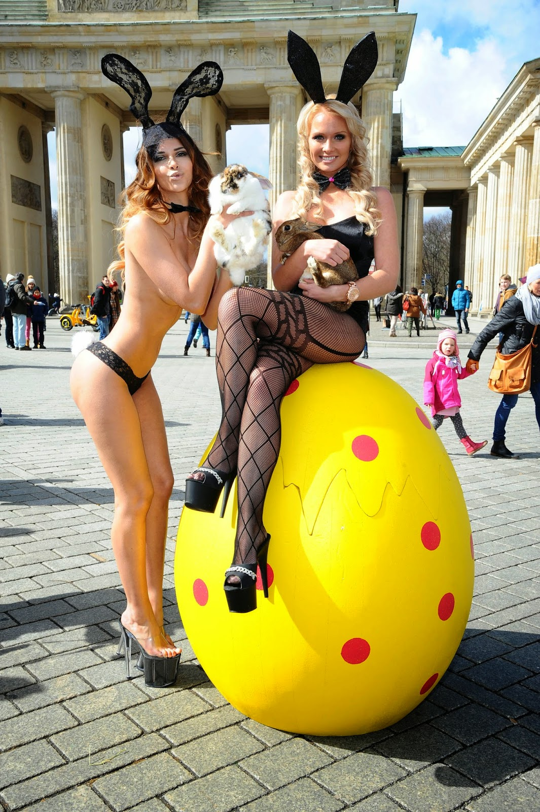 Micaela Schaefer Is The Best Dressed Easter Babe Ever!