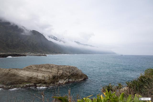 【大叔生活】2021 又是六天五夜的環島小筆記 (上卷) - 石梯坪的岬角地形,和海岸山脈相依偎
