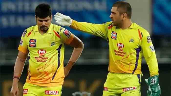 IPL 2020: MS Dhoni slammed on social media after CSK captain fumes at umpire Paul Reiffel in Dubai, IPL,Sports,Cricket,Video,Mahendra Singh Dhoni,Social Media,Dubai,News,Gulf,World