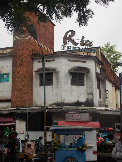 Gedung Bioskop Ria Pematang Siantar