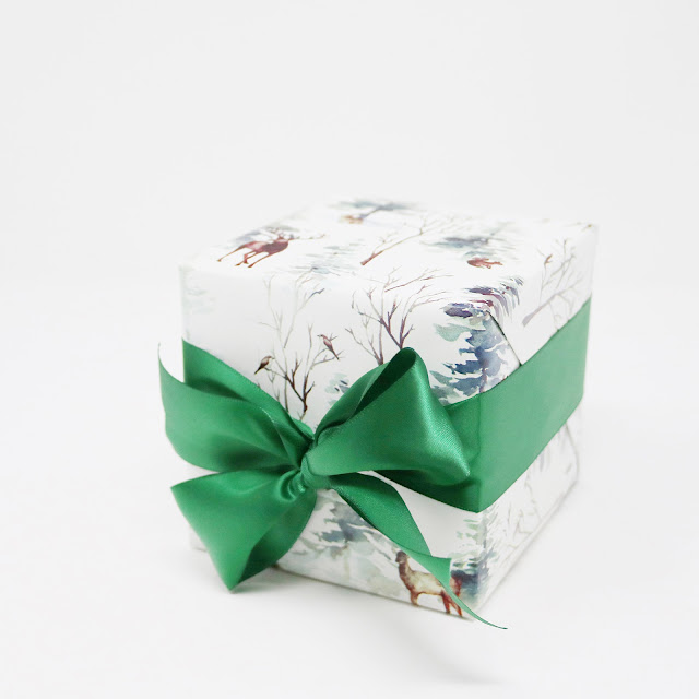 It's wrapping season! Our favourite time of the year. | creativebag.com