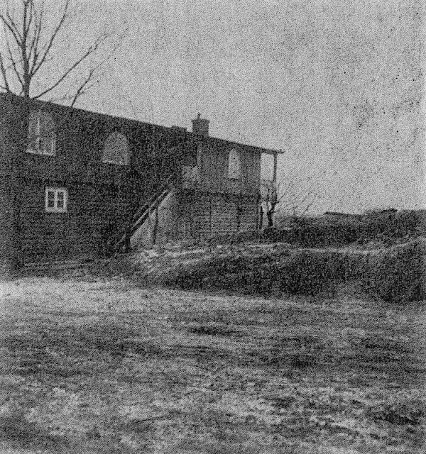 Grodzisko wczesnośredniowieczne w Kruszwicy - zdjęcie archiwalne