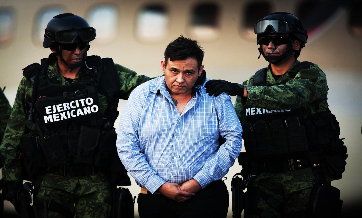 El Chapo es condenado de por vida en EU y en México El Z42 líder de los Zetas recibe solo 18 años de prisión