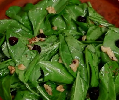 How to make Spinach Salad at Home