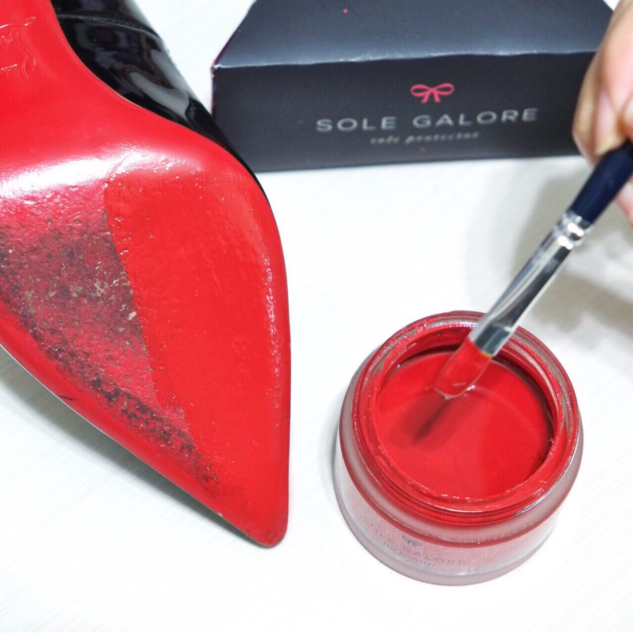 SAVE YOUR LOUBOUTIN SOLES - SOLE GALORE PAINT REVIEW - Reed Fashion Blog a2df14e25
