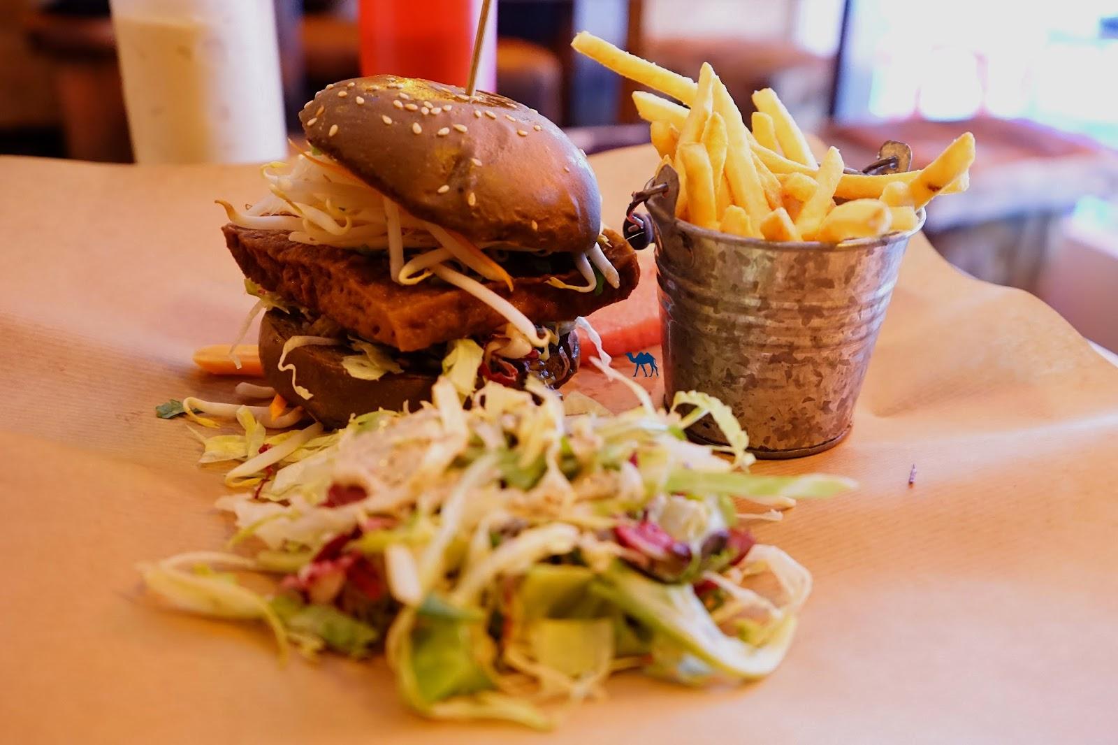 Le Chameau Bleu -Blog Voyage Berlin Allemagne -  Tofu Burger