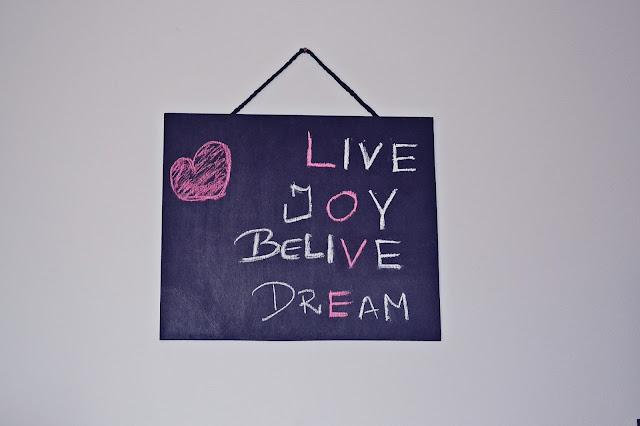 DIY - robimy tablicę na ścianę