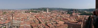 Vistas desde la Torre de los Lamberti.