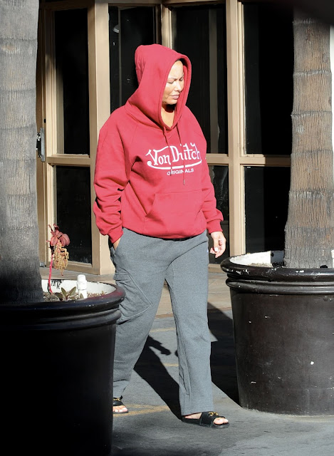 Amber Rose Clicked Outside  in Los Angeles 15 Dec-2019