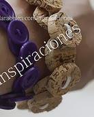 http://clarabelen.com/inspiraciones/922/manualidades-como-hacer-pulsera-de-botones-de-corcho-ideal-para-sujetar-cortinas/