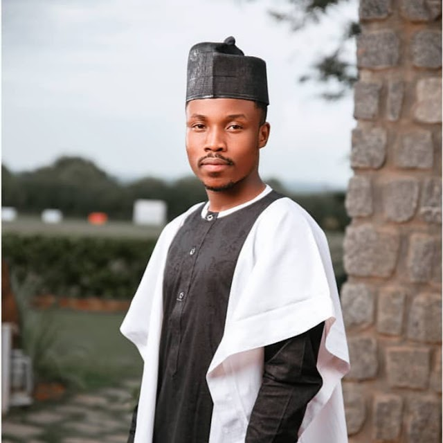Sabuwar Wakar Umar M Sharif    Ashe Zamu Ga Juna (New Hausa Music).
