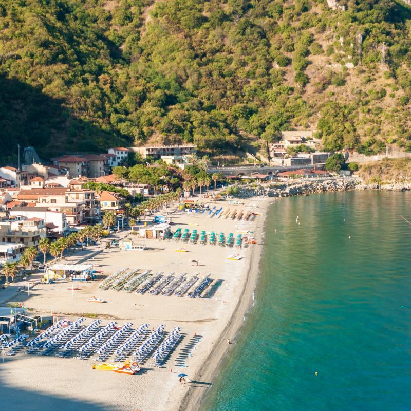 Italy : Spiaggia di Scilla, Calabria
