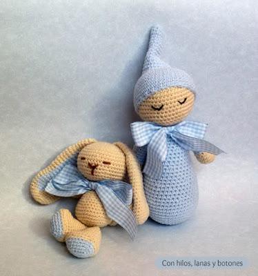 Con hilos, lanas y botones: conejito y dormilón amigurumi