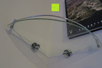Ansicht von unten: KROLLMANN hochwertige Eck Badablage mit Glasboden und Reling