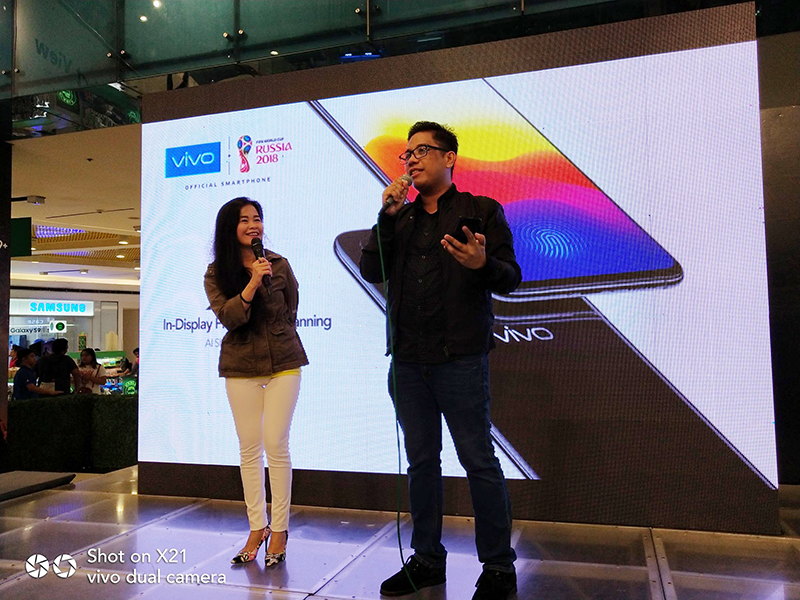 Vivo showcased the X21 at SM Cyberzone's Mobile Fest 2018