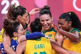 Brasil vence Japão e se firma em segundo no vôlei feminino